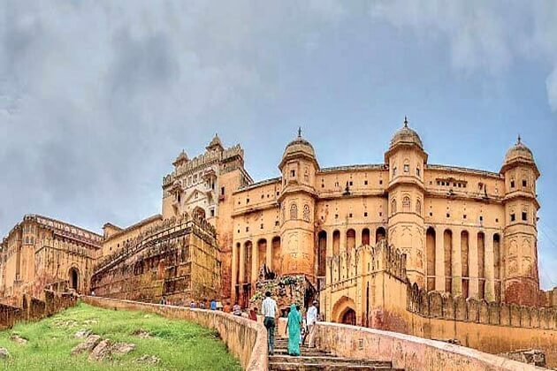 Amber Fort - best classic tour india 6 days