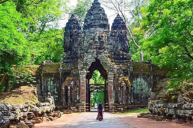 Angkor Thom - cambodia family vacation