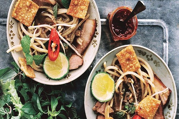 Best Vietnamese Dishes to Try - Vietnamese Cuisine Guide