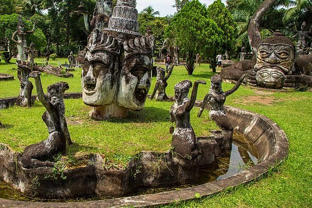 Buddha Park laos - tours in indochina