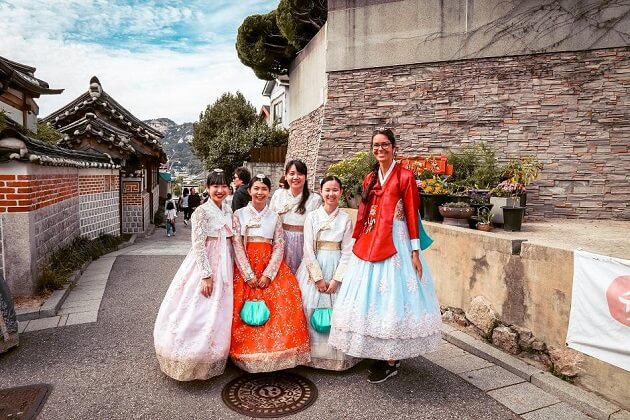Bukchon Hanok Village - things to do and see in korea