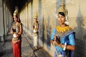 Cambodia Traditional Greeting - Etiquettes - Useful Phrases