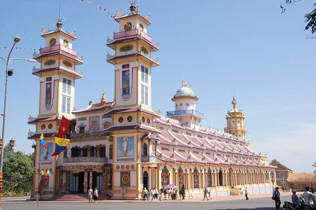 Cao Dai - vietnam cambodia laos myanmar itinerary
