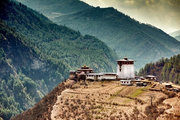 Dobji Dzong - bhutan bike trip itinerary