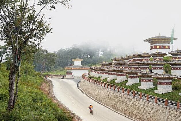 Dochula Pass - bhutan bike tour packages