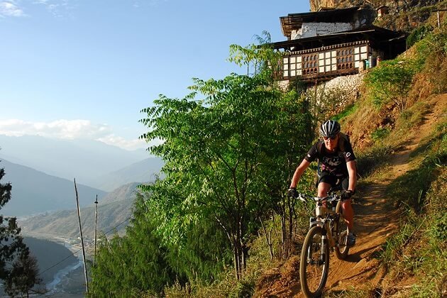 Gangtey Valley - bhutan bike trip itinerary