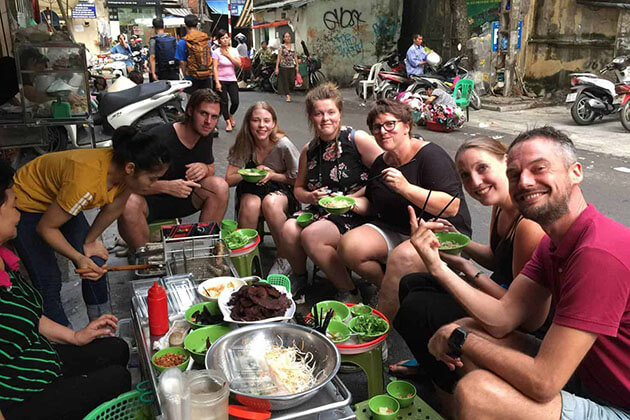 Hanoi Streets - best vietnam holiday packages