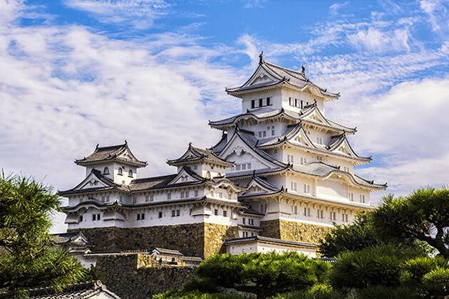 Himeji Castle - best attractions in japan
