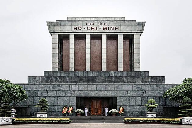 Ho Chi Minh Mausoleum - vietnam laos cambodia itinerary