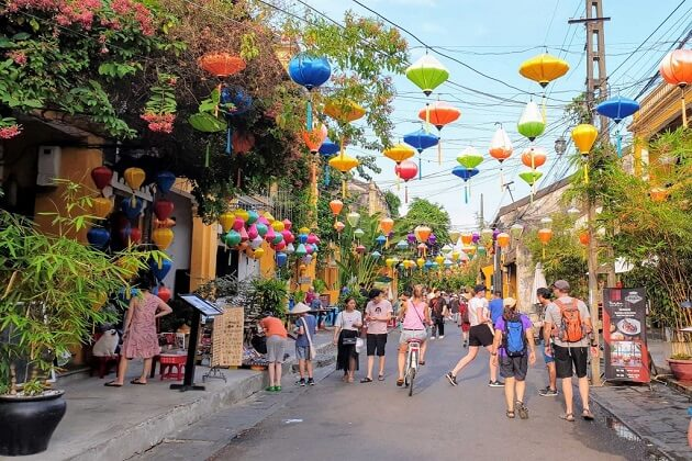 Hoi An - best things to do and see in vietnam