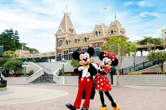 Hong Kong Disneyland - hong kong family vacation