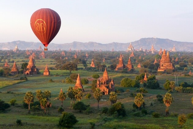 Hot-air Balloon Ride in Bagan - myanmar tours