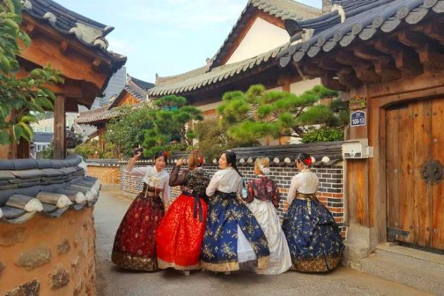 Jeonju Hanok Village in south korea