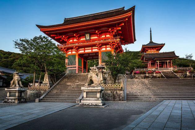 Kiyomizu Temple in Japan