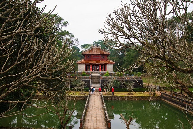Minh Mang Tomb - vietnam vacation packages