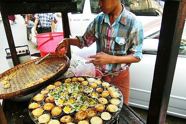 Mont Lin Ma Yar - street food in myanmar