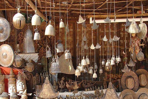 Myanmar Souvenirs - Best Things to Buy in Myanmar