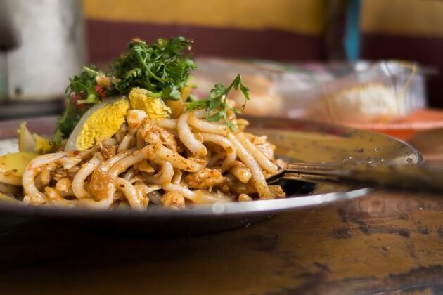 Nangyi Thoke - myanmar food