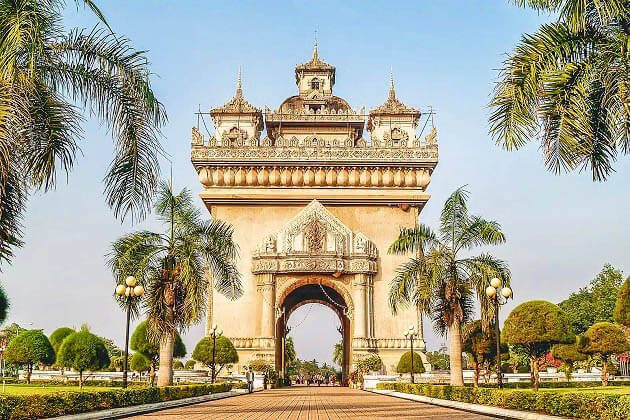 Patuxai Monument asian vacation tours