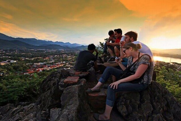 Phousi Mountain - family tour in indochina