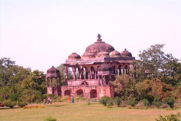 Ranthambore Fort - best india wildlife tour
