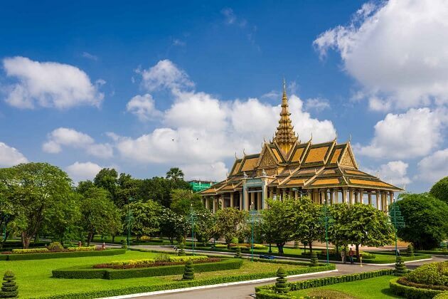 Royal Palace - best indochina travel
