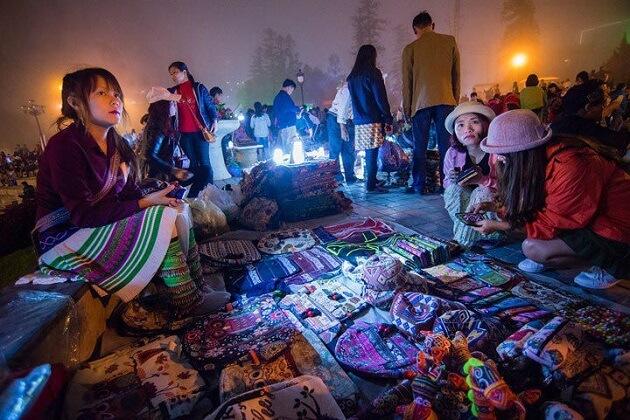 Sapa Love Market - Southeast Asia Tours