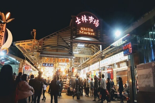 Shilin market - east asia tours