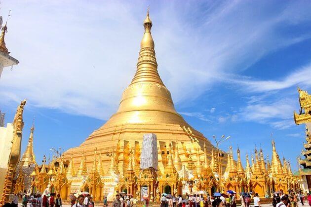 Shwedagon Pagoda - best myanmar tours