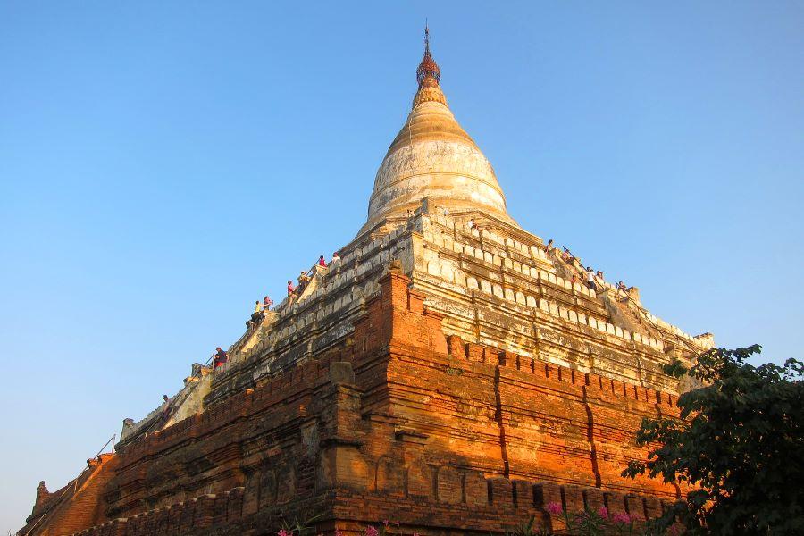 Shwesandaw Pagoda in myanmar