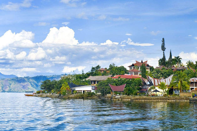 Stroll around Lake Toba - indonesia vacation