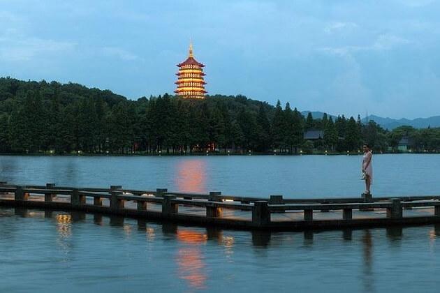 Suzhou or Hangzhou Day Tour