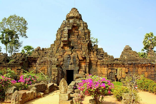 Ta Prohm southeast asia tour packages