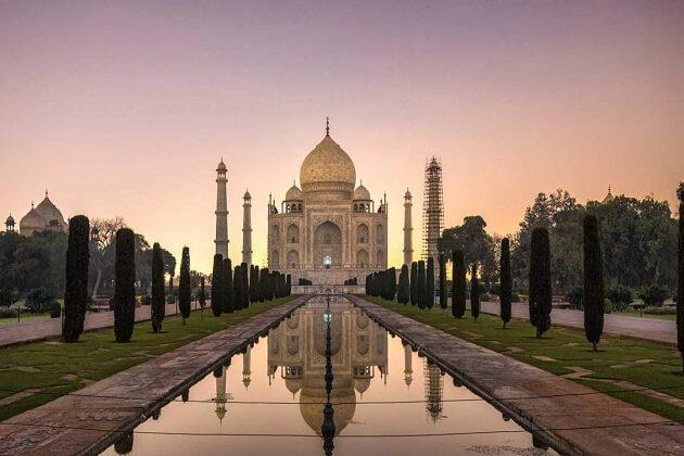 Taj Mahal - nepal india sri lanka itinerary