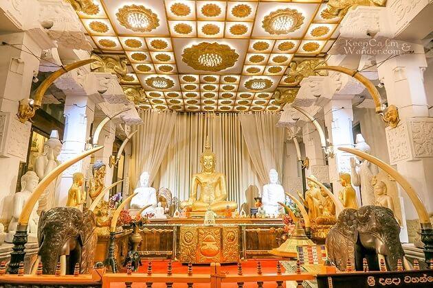 Temple of the Tooth - sri lanka adventure tours