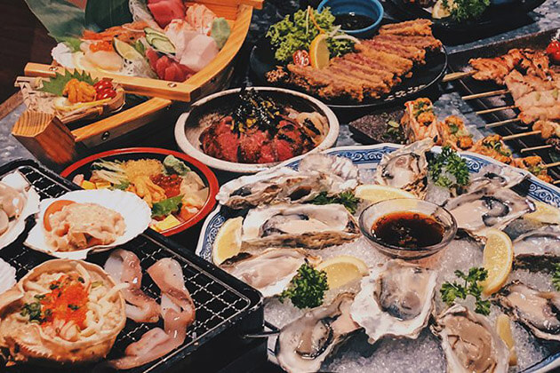 Tsukiji Fish Market - best things to do and see Japan