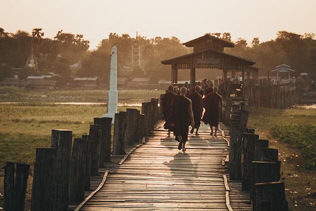 U Bein Bridge - myanmar laos thailand cambodia vietnam itinerary