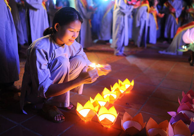 Wandering Souls Festival - 7 Vietnam Festivals