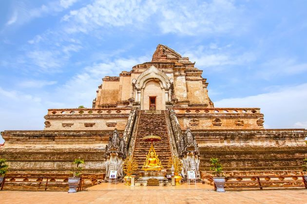 Wat Chedi Luang in thailand