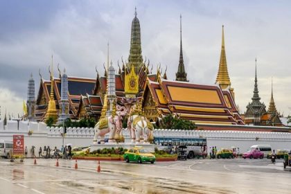 Wat Phra Kaew - thailand 1 week tour