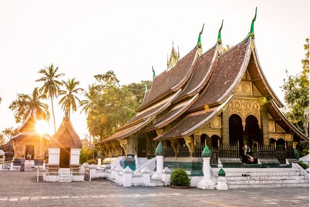Wat Xieng Thong - best indochina travel packages