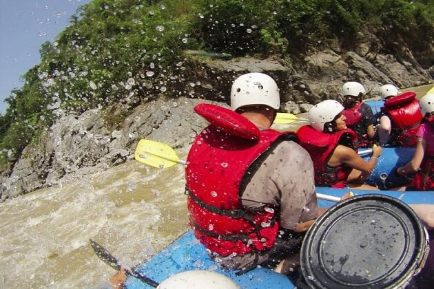 White water rafting - nepal tours