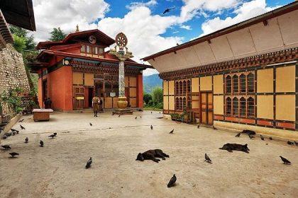 Zilukha Nunnery - 2 week south asia itinerary