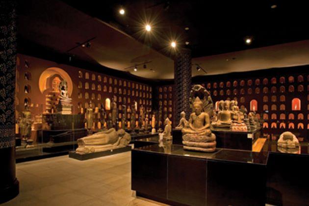 angkor national museum in cambodia