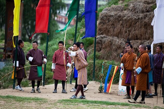 archery - cool things to do in bhutan