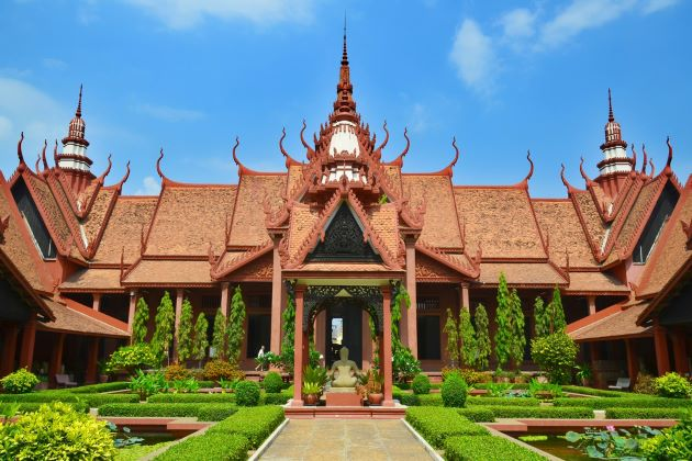 best time to visit phnom penh
