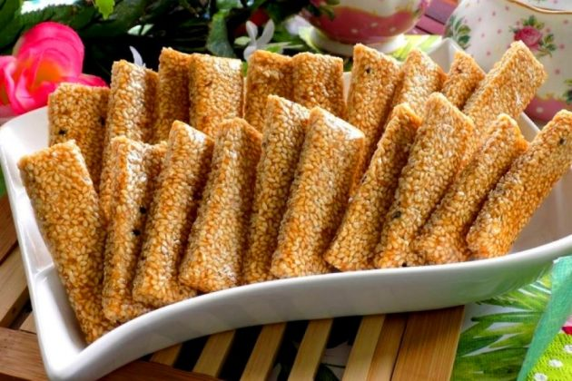 chewy sesame peanut candy