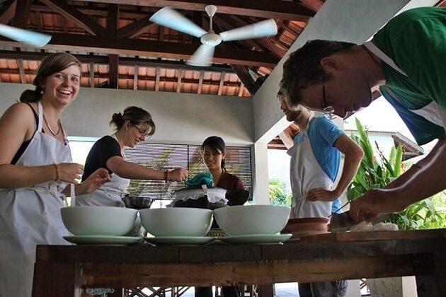cooking class - hanoi highlight tour