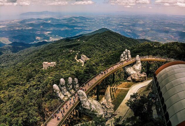 golden bridge in vietnam - vietnam highlight