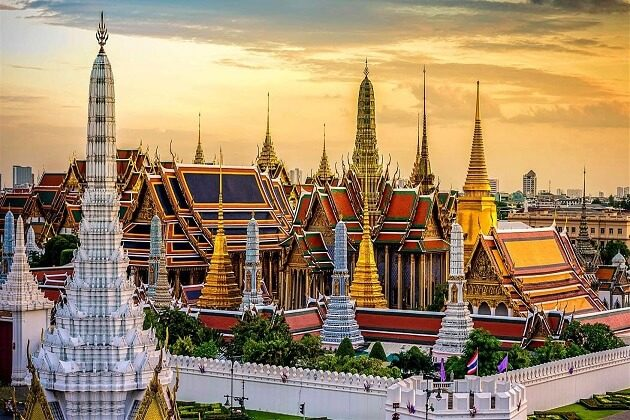 grand palace - southeast asia adventure tours
